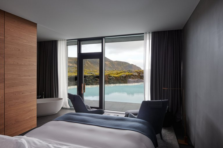 The Retreat at Blue Lagoon Iceland receives National Geographic Traveller Reader Award